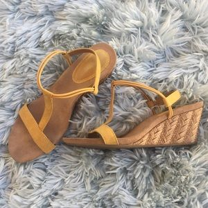 Shoes - Yellow wedge sandals size 7
